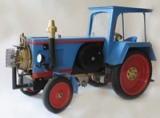 Traktor mit luftgekühltem Vakuummotor
