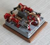 Ramona als 2-Zylinder-Dampfmaschine
